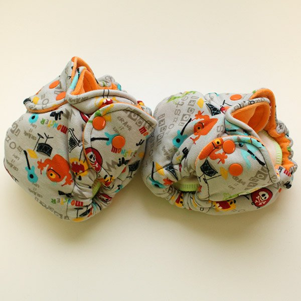 Monster Rock - Newborn - [Knit] Orange Velour