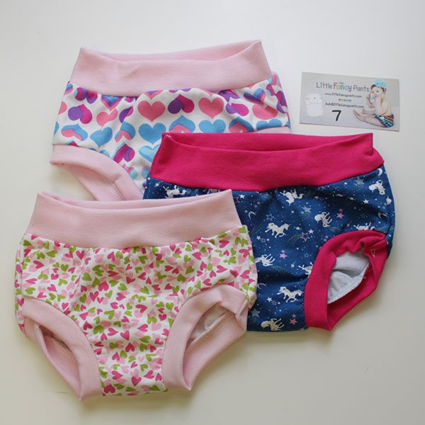 Set 7 - 3/4T Undies - Hearts / Unicorns / Hearts