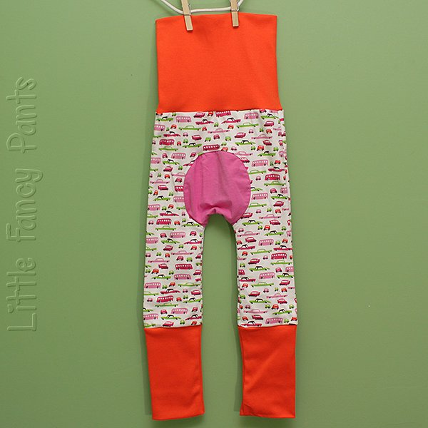 "Love Bums ""Fancy Pants""  - Pink Cars (Size 1) with bum circle"