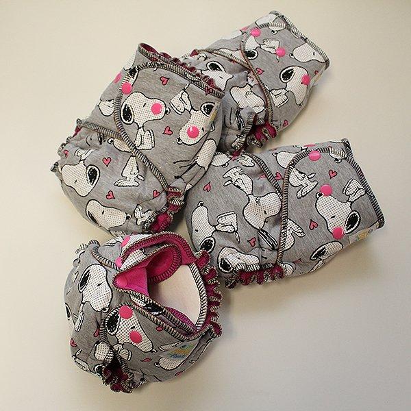 Snoopy - Newborn - [Knit] Fuchsia Velour